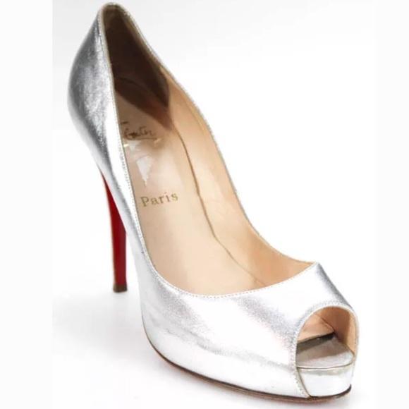new arrival 32838 b52ec *🔥SOLD🔥* LOUBOUTIN silver heels. Peeptoe sz 10